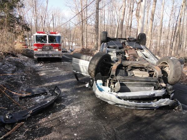 Black Ice Causes Rollover Mohegan Volunteer Fire Association